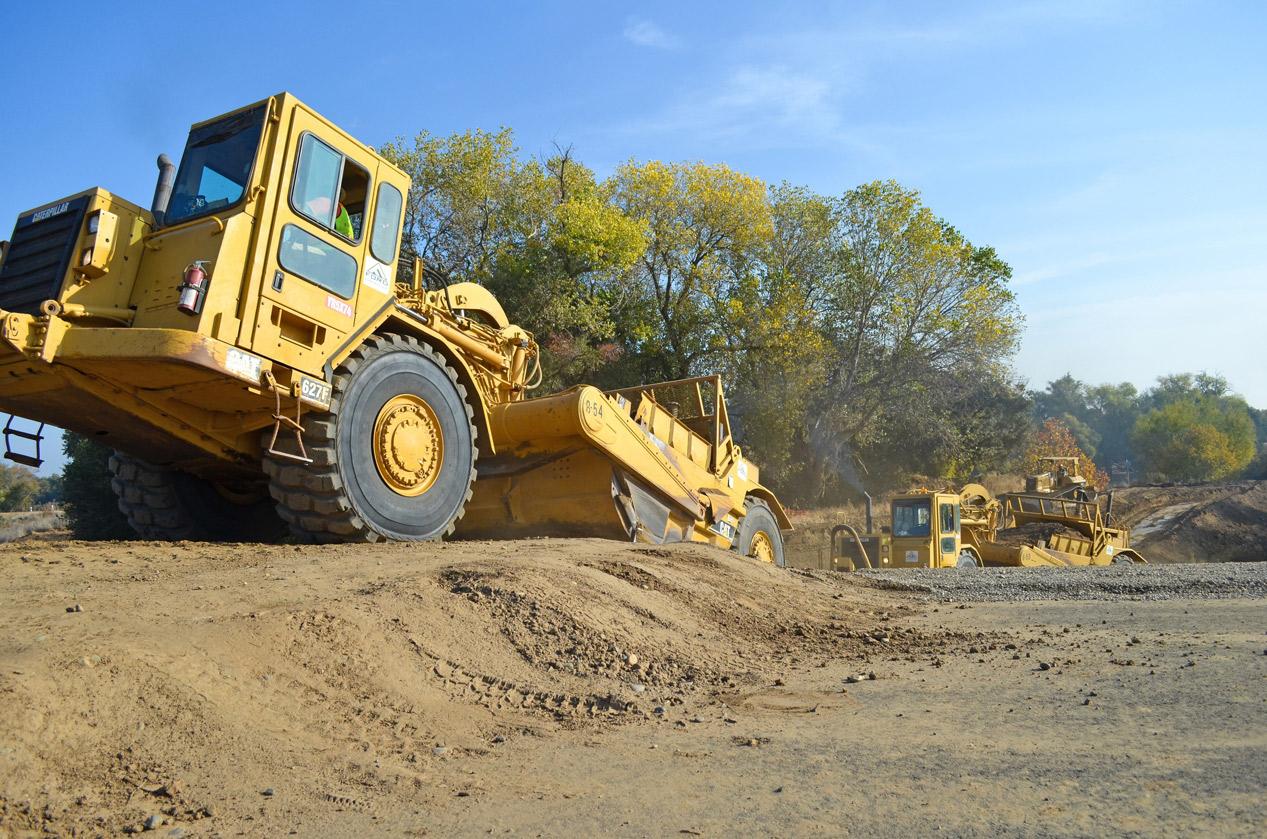 heavy-equipment-1340198